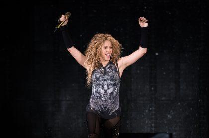 Shakira baila con sus hijos Sasha y Milan.