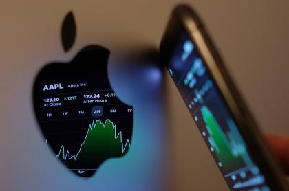Imagen con el logo de Apple ilustra artículo Apple da amplias concesiones a editores de aplicaciones