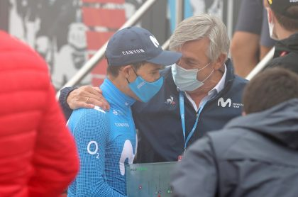 Miguel Ángel López y Eusebio Unzué, quien dijo que el colombiano podría ser despedido del equipo Movistar