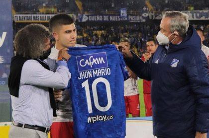 Mateo Ramírez, hijo de Jhon Mario Ramírez, quien debutó contra Millonarios y fue ovacionado