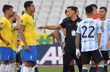 Brasil vs. Argentina se repetiría en fechas de repechaje, en junio de 2022. Imagen del clásico suramericano.