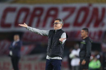 Juan Carlos Osorio podría salir del América de Cali y reveló que tiene una oferta formal para dirigir a una selección africana.