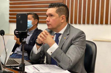 Edwin Ballesteros renuncia a la Cámara de Representantes