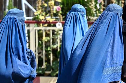 Talibanes dan latigazos a mujeres en Afganistán en medio de protestas. Imagen de referencia.