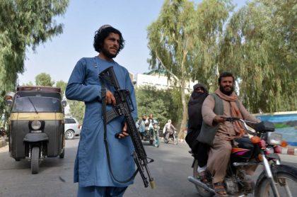 Revelan pruebas de que régimen talibán está ejecutando civiles en Afganistán