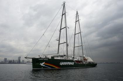 Rainbow Warrior, el buque insignia de Greenpeace.