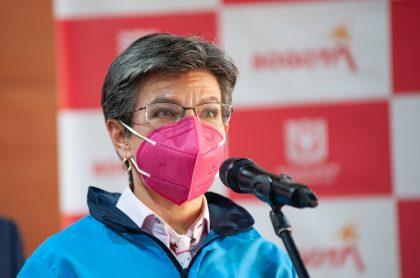 Imagen de Claudia López, que hace poner de acuerdo al chavismo y a su oposición