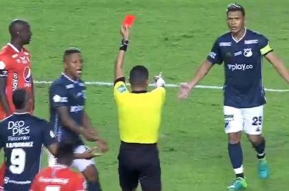 Teófilo Gutiérrez, roja en clásico Cali vs. América de Copa Colombia.