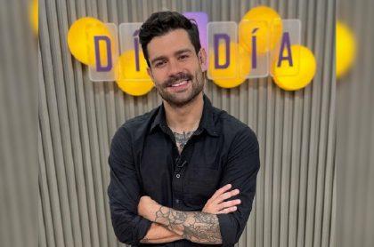 Juan Diego Vanegas, de 'Día a día', da tip para que cebolla no dañe besos en la primera cita.