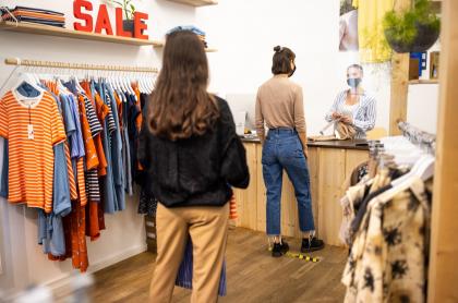 Imagen que ilustra la compra de ropa.