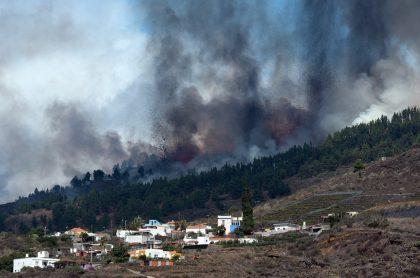 El volcán de La Cumbre Vieja, ubicado en la isla de La Palma, tiene nuevas bocas explosivas. Además, se ha presentado nuevas evacuaciones.