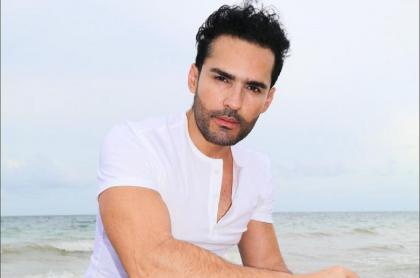 Fabián Ríos, modelo y actor, publica video con oxígeno y preocupa a sus seguidores