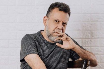 Alberto Linero, que trabaja en Caracol Televisión, reveló en algunos detalles íntimos de la relación que lleva actualmente con su novia.