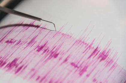 Foto de medidor de temblores, en nota de temblor que hubo en la tarde del domingo en Colombia.