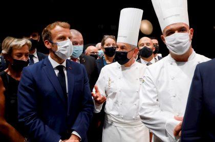 Emmanuel Macron durante congreso de hostelería, a propósito de video en que recibe un huevazo