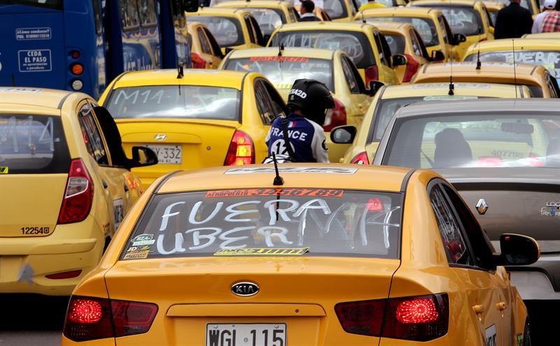 Taxistas Bogotá protesta (3)