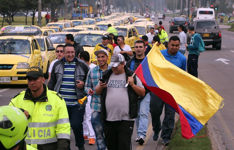 Taxistas Bogotá protesta (1)