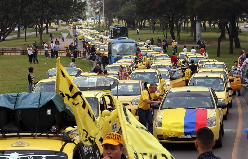 Taxistas Bogotá protesta EFE